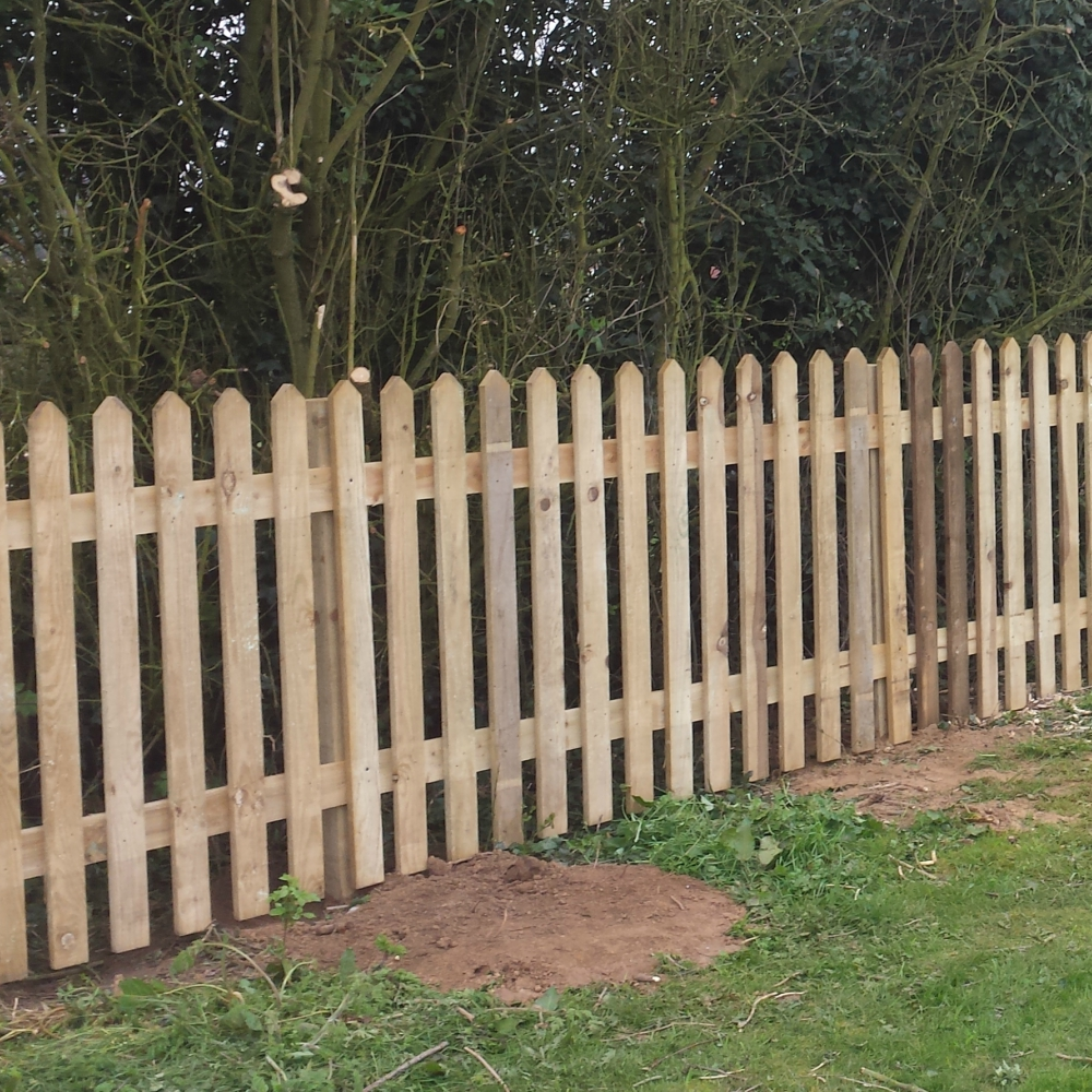 Picket Fence Panel Pointed Top Pressure Treated Free