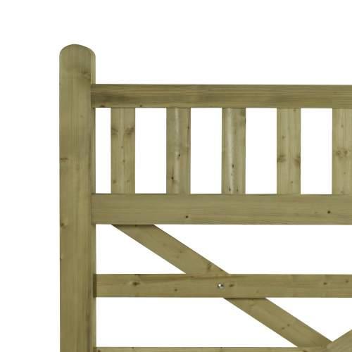 15203660EquestrianGreen  Wooden Equestrian Stallion Gates Detail 2
