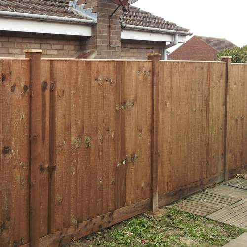 0190541830CappingBrown  Fence Capping 1