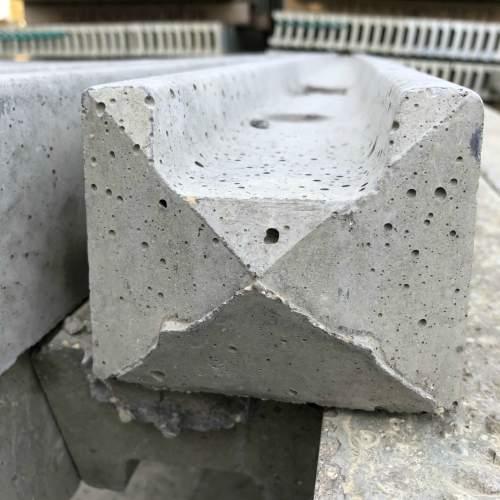 0871002400ConcreteSlottedEndPost--Slotted-End-Concrete-Post.jpg