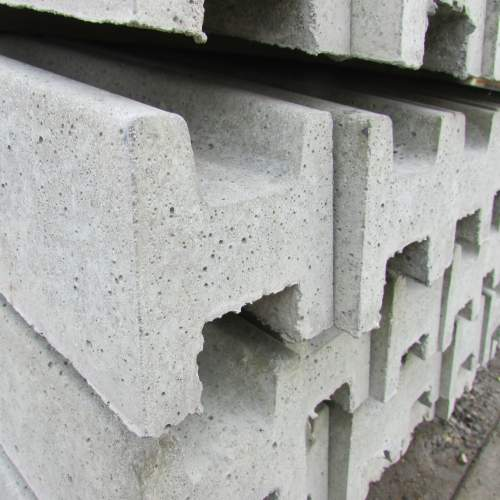 0871002400ConcreteSlottedPost--Slotted-Intermediate-Concrete-Post-3.jpg