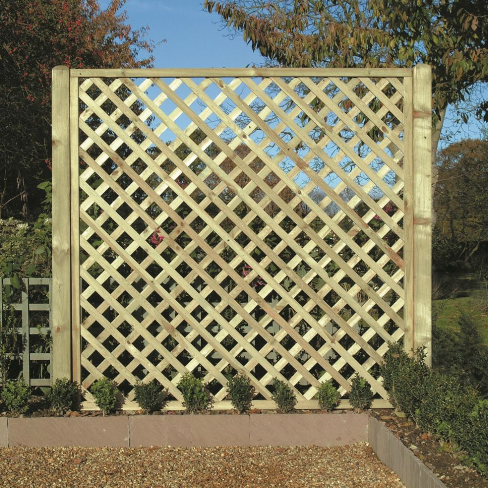Diamond Trellis Heavy Duty Lattice