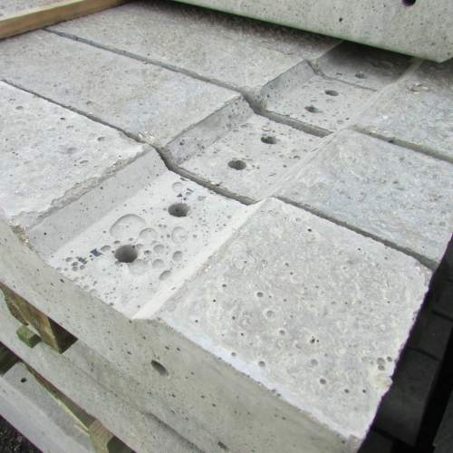 1101252400Concrete3Recessed--Recessed-Concrete-Fence-Post-2.JPG