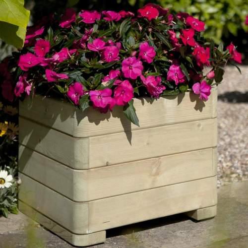 Planter-Marberry-Square--Marberry-Square-Planter-Rowlinson.jpg