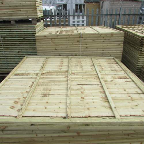 Waney18301830Green--Pressure-Treated-Waney-Lap-Fence-Panel-1.8-x-1.83m-4.JPG