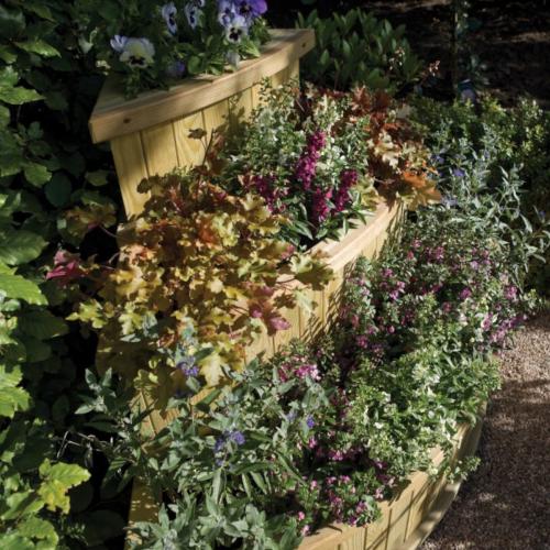 Planter-Marberry-Cascade--Marberry-Cascade-Planter-Rowlinson-2.png